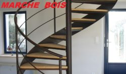 Escalier tournant métal et bois